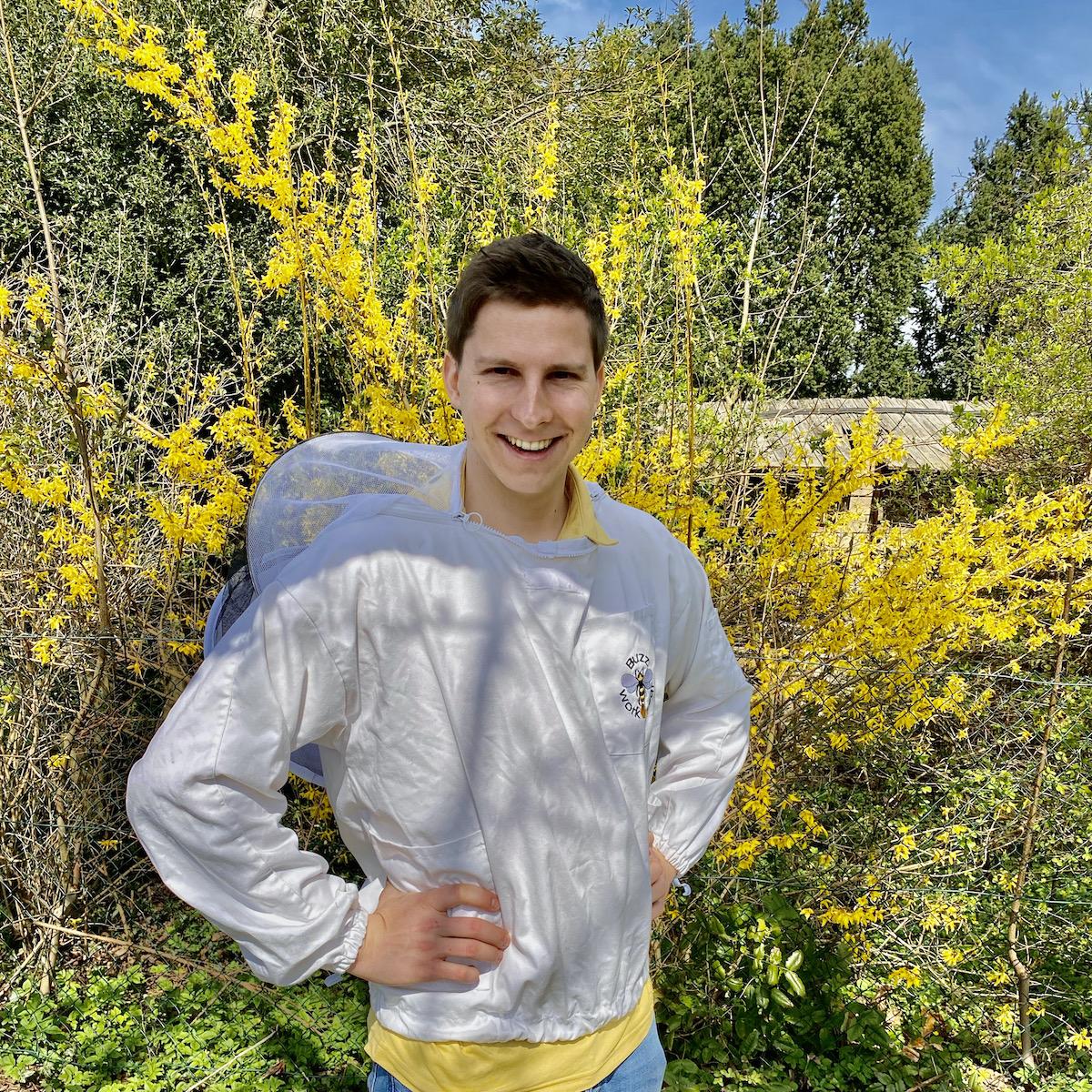 Felix, der glückliche Imker - Portrait